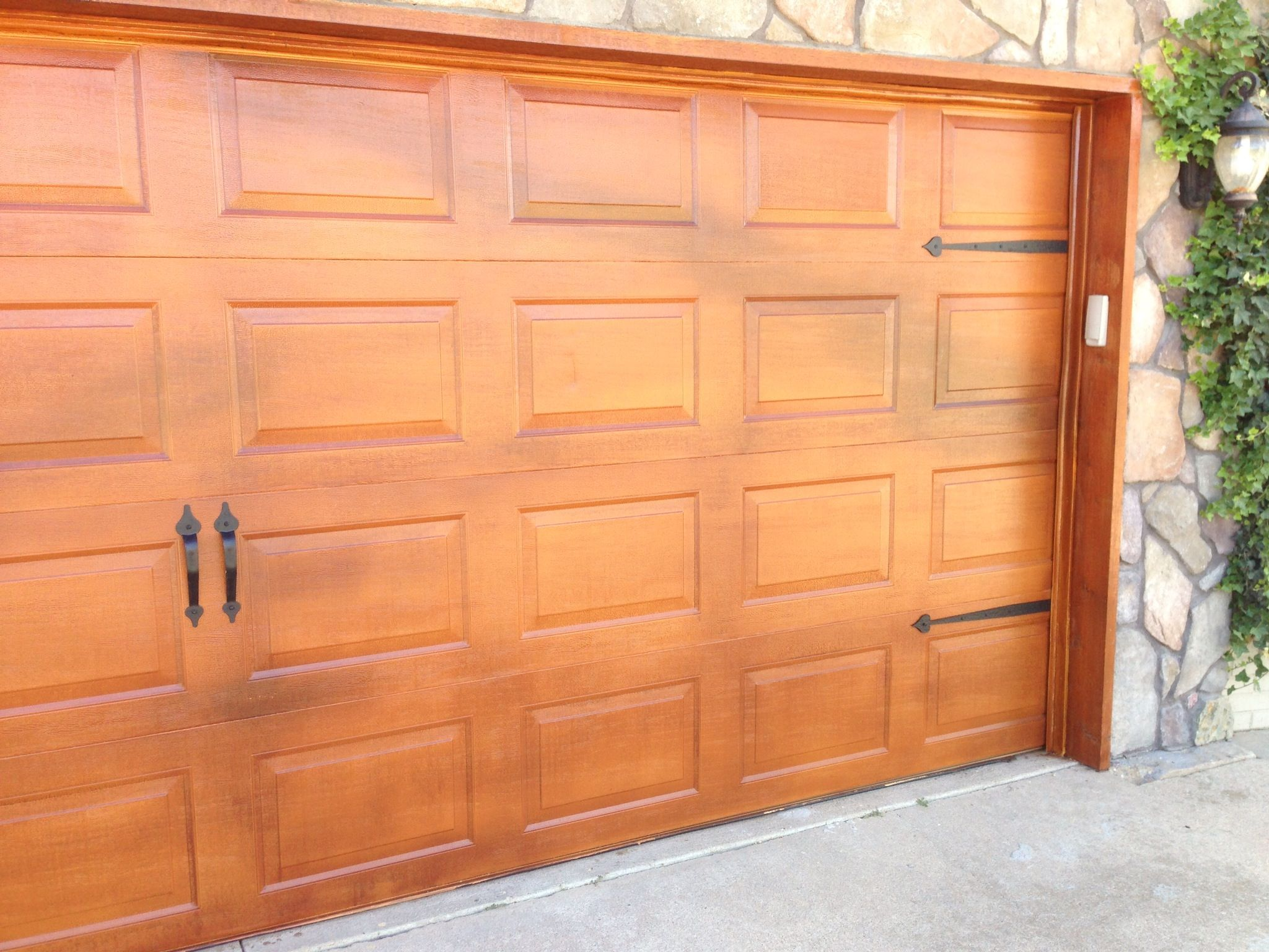 Garage Door Maintenance Tips that Are Worth Knowing